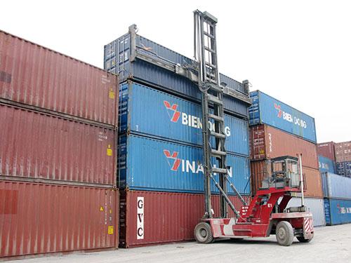 dịch vụ xe nâng hàng tại cầu cảng tân vũ lạch huyện